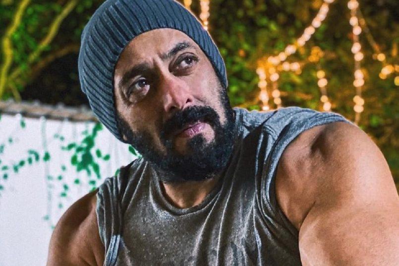 salman has done these things before 'Maine Pyar Kiya', Salmanworked as a model before making his Bollywood debut