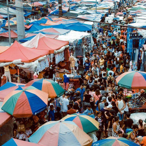 coronavirus crowd