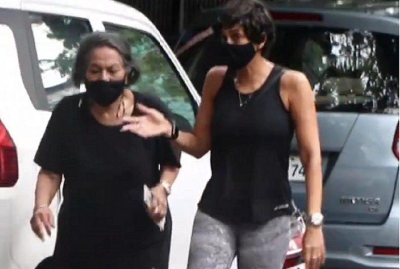 Mandira Bedi With Mother